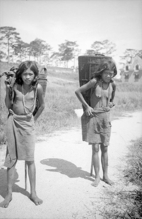 Cambodian girl star nakd-9319