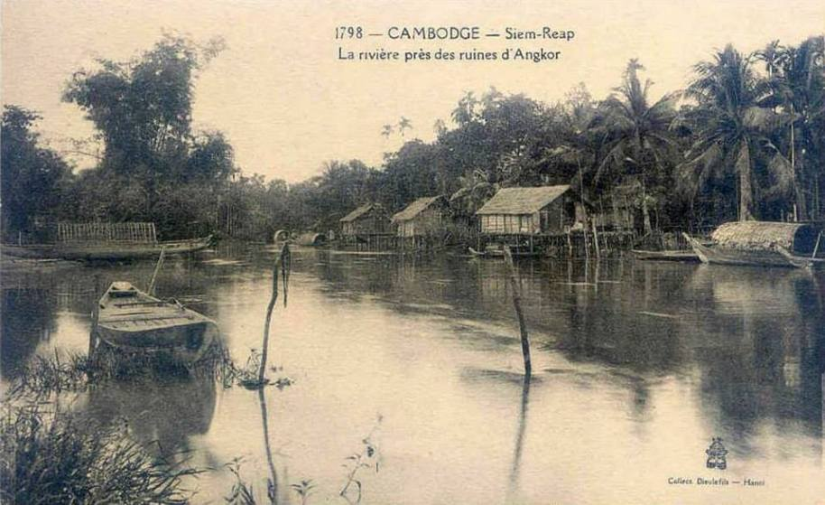Siem Reap Village and river near the ruins of angkor postcard c-1910